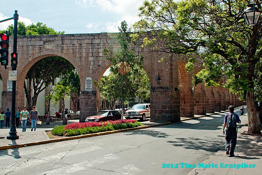 Morelia=aquaduct
