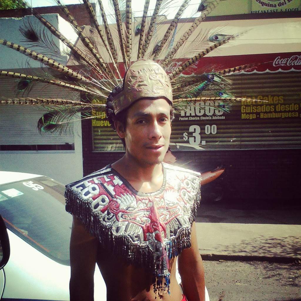 indian-dancer-in-mexico