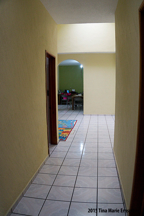 hallway-in-mexican-home