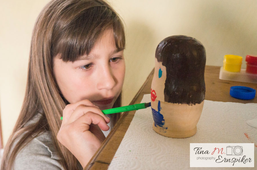 How to Paint Russian Dolls with Your Kids in Photos